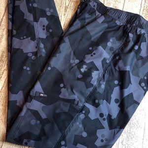 Under Armour Grey Black Camo Cargo Pant, YXL